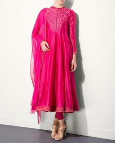 Fuchsia Kurta Set with Floral Embroidered Yoke