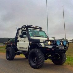 Impressive Off Road Vehicle Design 15 Toyota 4x4, Toyota Trucks, 4x4 Trucks, Diesel Trucks, Lifted Trucks, Chevy Trucks, Dodge Diesel, Tacoma Toyota, Lifted Chevy