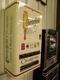 The Reluctant Paladin Retro Advertising, Vintage Advertisements, Vintage Ads, Vintage Antiques, Vintage Items, Soda Machines, Vending Machines, Einarmiger Bandit, Vendor Machine