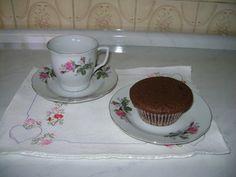Olha que delícia essa Receita de Muffins De Chocolate: http://receitasdebolo.com.br/muffins-de-chocolate-2/ ----- Para Ver Mais Receitas Deliciosas: Acesse!  http://receitasdebolo.com.br