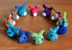 Knit Bunny Patterns for Easter Gifts - ☜♥☞ These little mini bunnies are about the size of jelly beans.☜♥☞