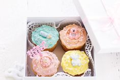 Baby shower celebrations mean cake, so wow your guests with these impressive creations!