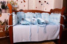 8 подушек, 2 бортика, одеяло и Простынь. Bed, Furniture, Home Decor, Decoration Home, Room Decor, Home Furniture, Interior Design, Beds, Home Interiors