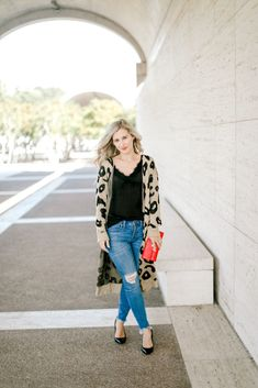 b6fe74a19b8 The Perfect Leopard Duster Outfit for Any Occasion - A Pilot s Wife