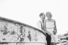 Pärchen Couple Mallorca boot  strand wedding hochzeit photoshoot vintage dress smile laughing inspriration bride marriage Meereswind - Fotostudio R. Schwarzenbach