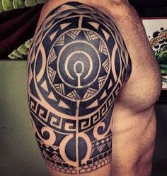 #maori #shoulder #tattoo #trib #polynesian #tattoo