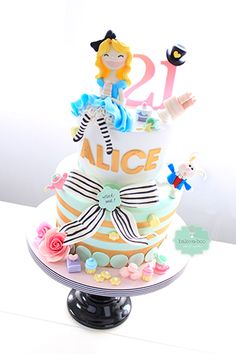 Cake Decorating Solutions Facebook : 1000+ images about Alice in Wonderland on Pinterest ...