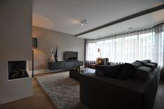 Luxe en warmte - Hoog ■ Exclusieve woon- en tuin inspiratie. Living Room Home Theater, Living Room Decor, Living Room Remodel, Modern Interior Design, Bauhaus, Living Room Designs, Luxury Homes, House Design, Decoration