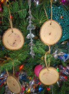 Rustic 4 Weddings: DIY Wood Christmas Ornaments