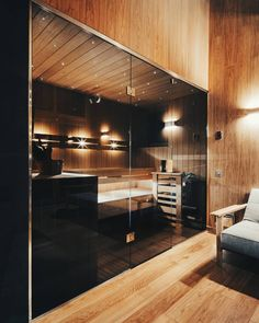 Image 6 of 13 from gallery of Viba's Sauna / Spot Architects. Photograph by Filips Smits Home Spa Room, Spa Rooms, Sauna Steam Room, Sauna Room, Spa Bathroom Decor, Bathroom Interior Design, Saunas, Piscina Spa, Wood Spa
