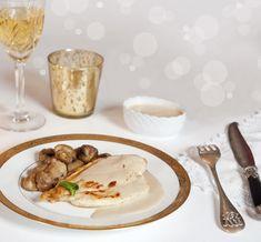 Sauce Au Foie Gras, Tapenade, French Food, Vinaigrette, Entrees, Panna Cotta, Tasty, Totalement, Parties Food