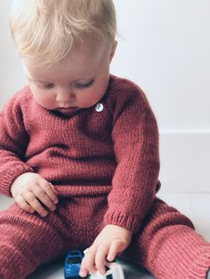 Ellen's Coming Home Set – PetiteKnit Kids Knitting Patterns, Knitting For Kids, Baby Patterns, Baby Knitting, Aran Weight Yarn, Sport Weight Yarn, Baby Set, Baby Barn, I Cord