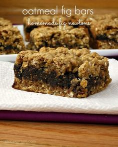 Ohhhh my heavens, Oatmeal Fig Bars! These sound divine!!  Thank you @Alida's Kitchen - I can't wait to try!!