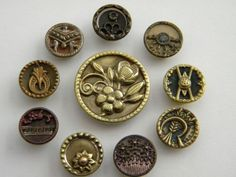 love metal buttons!