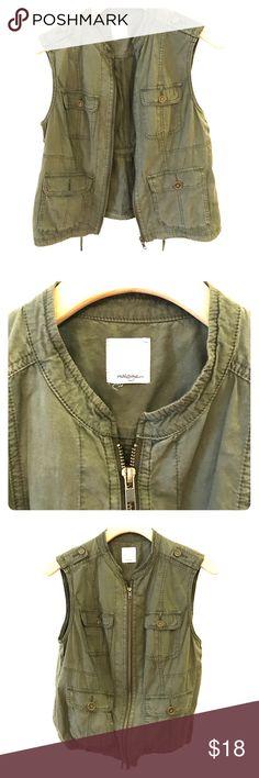 Halogen vest in army green Halogen vest in army green, never worn! In perfect condition Halogen Jackets & Coats Vests