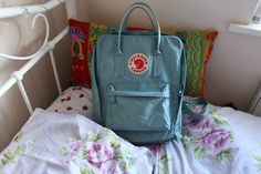 What's in my Fjallraven Kanken (Sky Blue). All ready for my trip to Paris!