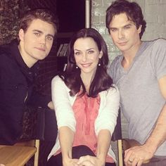 Ian Somerhalder - 12/03/15 - The Salvatore family. ❤️ Watch an all new #TheVampireDiaries tonight! Directed by my first born iansomerhalder :) https://instagram.com/anniewersching/p/0I6OaxGRGL/ - Twitter / Instagram Pictures