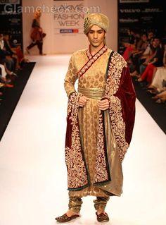 Shyamal and Bhumika Shodhan Collection at Lakmé Fashion Week Winter/Festive 2012 Groom Wear, Groom Outfit, Groom Dress, Folk Costume, Costumes, Aladdin Costume, Wedding Sherwani, Sherwani Groom, Shyamal And Bhumika