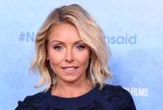 Kelly Ripa's imminent return to theLive With Kelly and Michael hosts' table was eased by a mea culpa from ABC and Disney executives, according to a new report. CNN's Brian Stelter cites several sources who say that Disney-ABC Television Group presidentBen Sherwood and his associates reached out to Ripa and her departing co-host Michael Strahan […]