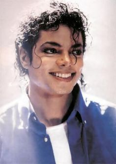 Photo of the most beautiful smile in the world! for fans of Michael Jackson. Michael Jackson Kunst, Michael Jackson Wallpaper, Michael Jackson Bad Era, Beautiful Person, Beautiful Smile, Most Beautiful, Amazing Person, Beautiful People, Jackson Family