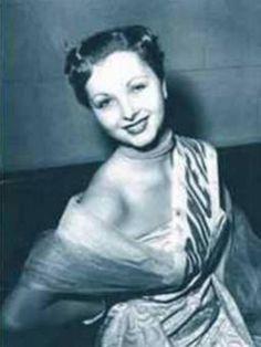 JOSIANE POUY GASCOGNE MISS FRANCE 1952