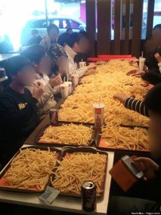 McDonald's 'Potato Party' Gets Korean Kids Allegedly Thrown Out Of Restaurant [PHOTO]: -- Ever wonder what $250 worth of McDonald's french fries looks like? Great news. Thanks to a bunch of kids in South Korea, you can stop wondering.