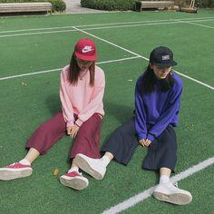 ladies in streetwear #twinning