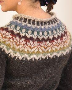 Icelandic Sweaters, Fair Isle Knitting Patterns, Nordic Sweater, Creative Knitting, Knitted Shawls, Sweater Fashion, Fair Isles, Pullover, Lana