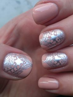 Essie - back in the limo  with Essie - nothing like chrome (aka shiny and chrome ;) using moyou london - mandala 02