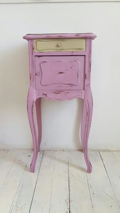 Chalk painted with Henrietta and Versailles by a client of Mon Chic Cottage on our Project Workshop