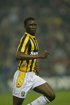 864fb4812 Mamadou Zongo of Vitesse Arnhem in action in The Dutch First Division  league match between Vitesse