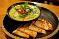 Thai Food - Thai Green Curry Recipe. Cooked this last night - easy to make and the best curry recipe I ever have!