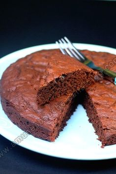 A super fast and super easy chocolate cake - RECiPE Cake Recipes, Snack Recipes, Snacks, Chocolate Desserts, Chocolate Cake, How To Become Vegan, Food Tags, Cake & Co, The Ranch
