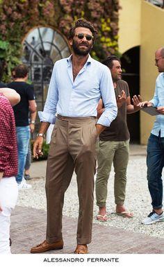Very relaxed Very italian … is part of Italian mens fashion - Looks Street Style, Looks Style, Mens Fashion Suits, Mens Suits, Fashion Menswear, Italian Mens Fashion, Italian Style Men, Italian Summer Fashion, Italian Man