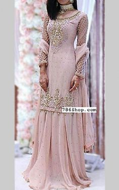 We have Pakistani/Indian Designer clothes online. Formal and Party Pakistani dresses. Buy Designer formal wear and wedding dresses. Indian Bridal Lehenga, Pakistani Wedding Dresses, Pakistani Dress Design, Indian Wedding Outfits, Pakistani Outfits, Bridal Outfits, Indian Dresses, Indian Outfits, Indian Designer Outfits