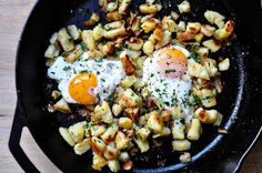 Egg, Salami & Potato Skillet: Peel & dice 3 broiled potatoes. Sprinkle 1/3tsp paprika powder, salt & pepper. Toss to cover potatoes. Heat a skillet w/x-virgin olive oil. Add 1c diced salami. Cook until they look crunchy. Transfer to a plate. Add potatoes to skillet, tossing constantly to avoid burning. When edges are toasted, add salami. Toss for about 3 minutes. Sprinkle with fresh thyme. Crack 3 eggs on the potatoes, tip the skillet to distribute the eggs. Serve when eggs are cooked throug...