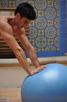 Great Swiss Ball and resistance band workouts for abs, core, arms, legs and butts for overall fitness.
