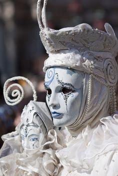 Mask | by Di Vinti