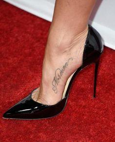 354 Best Love J Aniston's style images   Jennifer aniston ...