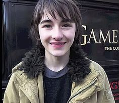 Bran Stark - The Winged Wolf Isaac Hempstead Wright, Bran Stark, Wolf, Wings, Wolves, Feathers, Ali, Timber Wolf, Gray Wolf