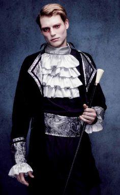 #Costume #Halloween #Disfraz de Vampiro Gótico. Disfraces elegantes para Hombre.