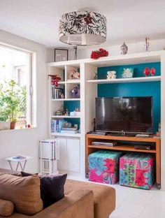 For ugly light fixtures Living Tv, Glam Living Room, Small Living Rooms, Living Room Designs, Living Room Decor, Best Interior Design Websites, Living Room Inspiration, Interiores Design, Decoration