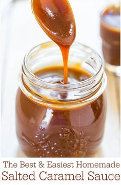 Best and Easiest Homemade Salted Caramel Sauce - Ready in 15 minutes and tastes better than any storebought sauce ever could!The Best and Easiest Homemade Salted Caramel Sauce - Ready in 15 minutes and tastes better than any storebought sauce ever could! Dessert Sauces, Dessert Recipes, Salsa Dulce, Salted Caramel Sauce, Caramel Dip, Caramel Syrup Recipe, Salted Caramel Cupcakes, Toffee Sauce, Vegan Caramel