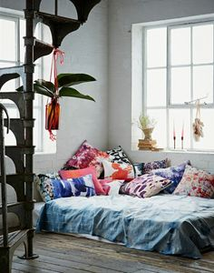 Aegean cushion collection by Amy Sia on the living colour style blog