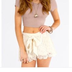 NWOT Lace scallop trim shorts Cream color lace, very soft Shorts