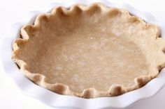 20 Revamped pie crust recipes that will change the way you bake: Pie crust recipes to suit any taste No Bake Desserts, Delicious Desserts, Dessert Recipes, Pie Crust Recipes, Pastry Recipes, Whole Wheat Pie Crust, Pie Crust From Scratch, Holiday Baking, Food Processor Recipes