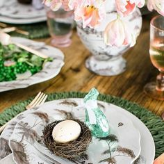 Easter table ideas with juliska place setting via Waiting on Martha Fruit Party, Easter Celebration, Easter Table, Happy Easter, Easter Décor, Easter Baskets, Easter Crafts, Country Estate, Place Setting