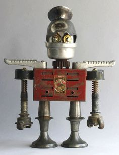 Found Object Robot Assemblage Sculpture By Brian Marshall art Recycled Robot, Recycled Art, Repurposed, Found Object Art, Found Art, Steampunk Robots, Metal Robot, Sculpture Metal, Vintage Robots