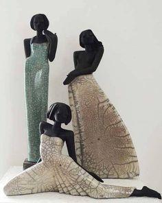 Kunst-Art: Allerlei & Meer *Various ~Raku Keramiek van Margit Hohenberger~ Mehr Ceramic Figures, Clay Figures, Ceramic Art, Raku Pottery, Pottery Sculpture, Sculptures Céramiques, Sculpture Art, African American Art, African Art