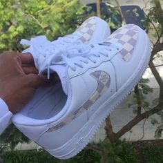 This Custom Nike Air Force 1 Cream Damier Print is just one of the custom, handmade pieces you'll find in our sneakers & athletic shoes shops. Air Force Shoes, Nike Shoes Air Force, Jordan Shoes Girls, Girls Shoes, Air Force 1 Noir, Souliers Nike, Sneakers Fashion, Shoes Sneakers, Baskets Nike